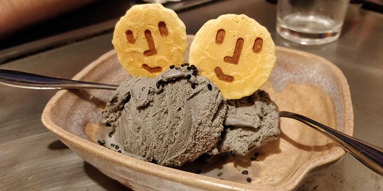 Cibi e bevande tipiche del Giappone: gelato al sesamo
