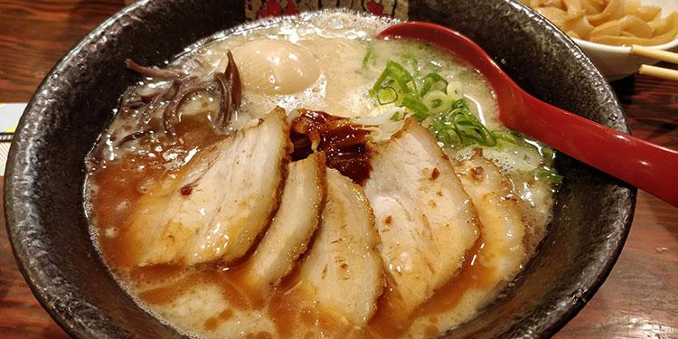 Cibi e bevande tipiche del Giappone: ramen