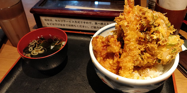 Cibi e bevande tipiche del Giappone: tempura